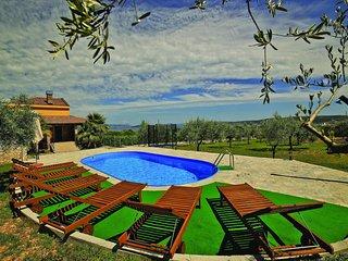 3 bedroom Villa in Plano, Splitsko-Dalmatinska Županija, Croatia : ref 5562429