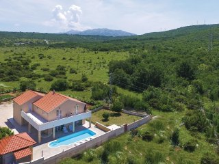 4 bedroom Villa in Kula, Splitsko-Dalmatinska Zupanija, Croatia - 5562464