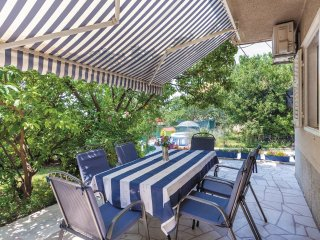 3 bedroom Villa in Strozanac, Splitsko-Dalmatinska Zupanija, Croatia : ref 55623