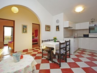 4 bedroom Villa in Katuni, Splitsko-Dalmatinska A1/2upanija, Croatia : ref 5562410
