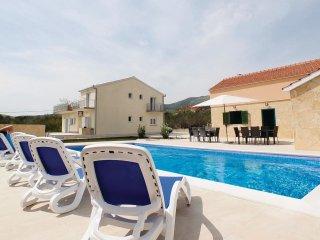 6 bedroom Villa in Novi Stafilić, Splitsko-Dalmatinska Županija, Croatia : ref 5