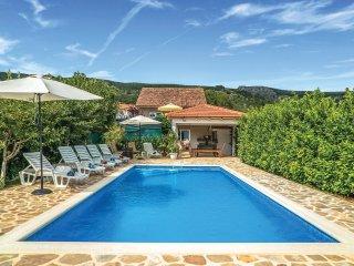 6 bedroom Villa in Donji Prolozac, Splitsko-Dalmatinska Zupanija, Croatia : ref