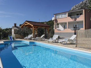 5 bedroom Villa in Kaštel Gomilica, Croatia - 5562255