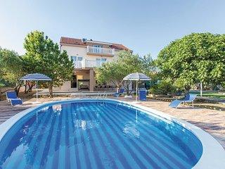 7 bedroom Villa in Kastel Stafilic, Splitsko-Dalmatinska Županija, Croatia : ref