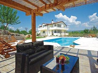 5 bedroom Villa in Žužuli, Splitsko-Dalmatinska Županija, Croatia : ref 5562116