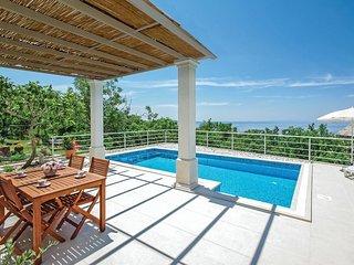 2 bedroom Villa in Tučepi, Splitsko-Dalmatinska Županija, Croatia : ref 5562106
