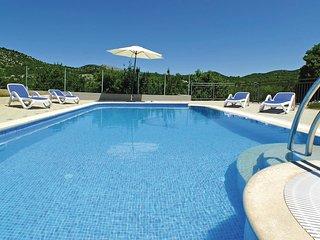 4 bedroom Villa in Jovići Mučki, Splitsko-Dalmatinska Županija, Croatia : ref 55