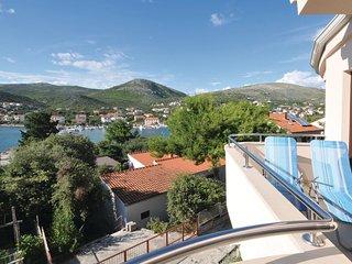 6 bedroom Villa in Seget Vranjica, Splitsko-Dalmatinska Zupanija, Croatia : ref