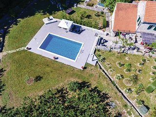 3 bedroom Villa in Čelopeci, Dubrovačko-Neretvanska Županija, Croatia : ref 5561