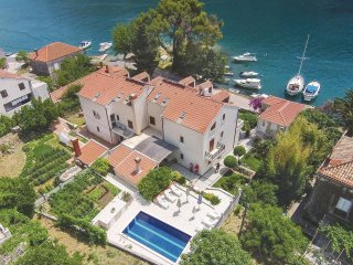 6 bedroom Villa in Obuljeno, Croatia - 5561872