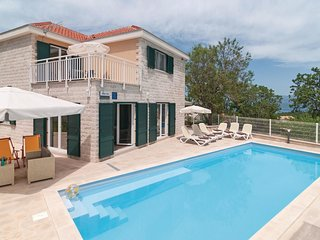 3 bedroom Villa in Skrip, Splitsko-Dalmatinska Zupanija, Croatia : ref 5561860