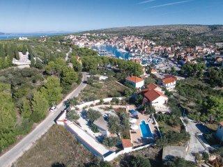 6 bedroom Villa in Milna, Splitsko-Dalmatinska Županija, Croatia : ref 5561763