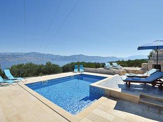 2 bedroom Villa in Postira, Splitsko-Dalmatinska Zupanija, Croatia : ref 5561742