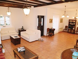 4 bedroom Villa in Foinikas, South Aegean, Greece : ref 5561585