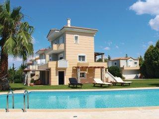 5 bedroom Villa in Malakonta, Central Greece, Greece : ref 5561535