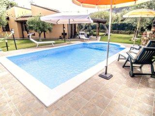 3 bedroom Villa in Capo d'Orlando, Sicily, Italy : ref 5561403