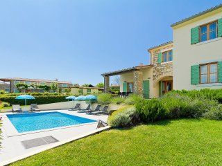 4 bedroom Villa in Gornje Baredine, Istria, Croatia : ref 5561208