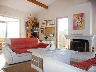 3 bedroom Villa in Sainte-Marie, Pays de la Loire, France : ref 5561139