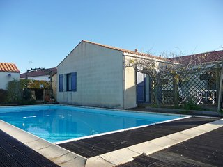 3 bedroom Villa in Sainte-Marie, Pays de la Loire, France : ref 5561139