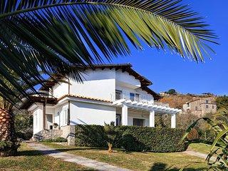 4 bedroom Villa in Torca, Campania, Italy : ref 5560922