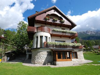 4 bedroom Apartment in Cortina d'Ampezzo, Veneto, Italy : ref 5560718
