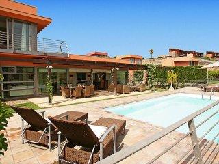 3 bedroom Villa in El Salobre, Canary Islands, Spain : ref 5560392