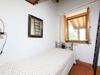 6 bedroom Villa in Parrano, Umbria, Italy : ref 5560143