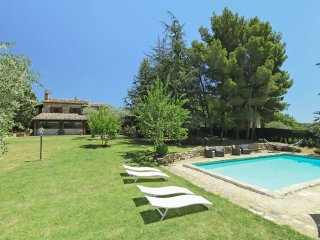 6 bedroom Villa in Chianaiola, Umbria, Italy : ref 5560143