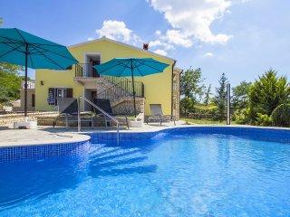 6 bedroom Apartment in Labin, Istarska Zupanija, Croatia - 5559407