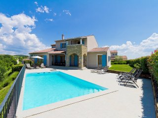 4 bedroom Villa in Gornje Baredine, Istria, Croatia : ref 5559395