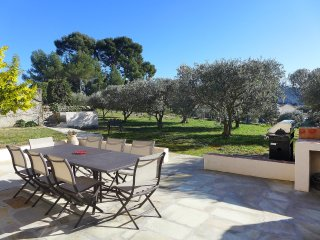 "2 bedroom Apartment in Laouque, Provence-Alpes-CA""te d'Azur, France : ref 555938"
