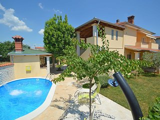 5 bedroom Villa in Vodnjan, Istria, Croatia : ref 5559334