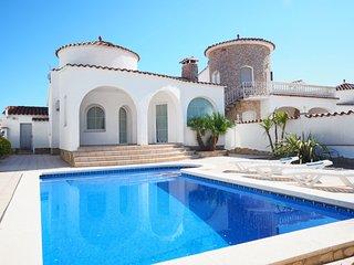 3 bedroom Villa in Empuriabrava, Catalonia, Spain : ref 5559299