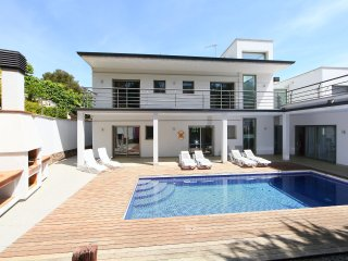 4 bedroom Villa in Lloret de Mar, Catalonia, Spain : ref 5558929