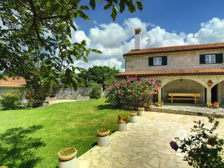 7 bedroom Villa in Rojnici, Istria, Croatia : ref 5558884