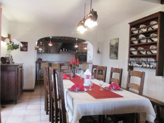 4 bedroom Villa in Bagnac-sur-Cele, Occitania, France : ref 5558770