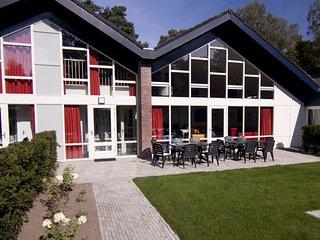 6 bedroom Villa in Veldhuizen, Provincie Gelderland, Netherlands : ref 5558620
