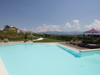 2 bedroom Apartment in Vivajo, Tuscany, Italy : ref 5558020