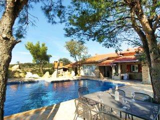 4 bedroom Villa in Krusevo, Zadarska Zupanija, Croatia : ref 5558013