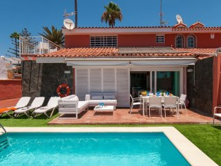 5 bedroom Villa in San Agustin, Canary Islands, Spain : ref 5557884