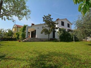 4 bedroom Villa in Vranici, Istria, Croatia : ref 5557834