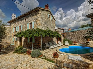 5 bedroom Villa in Orihi, Istria, Croatia : ref 5557759