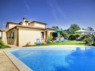5 bedroom Villa in Ližnjan, Istria, Croatia : ref 5557710