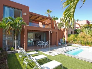 2 bedroom Apartment in El Salobre, Canary Islands, Spain : ref 5557628