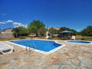 5 bedroom Villa in Foli, Istria, Croatia : ref 5557586