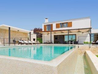 4 bedroom Villa in Sveti Petar u Sumi, Istria, Croatia : ref 5557584