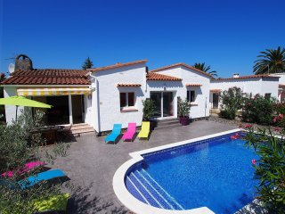 3 bedroom Villa in Empuriabrava, Catalonia, Spain : ref 5557579