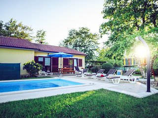4 bedroom Villa in Sveti Petar u Sumi, Istria, Croatia : ref 5557564