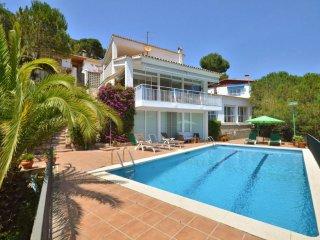 3 bedroom Villa in Lloret de Mar, Catalonia, Spain : ref 5557471
