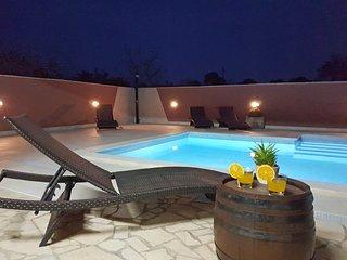 4 bedroom Apartment in Valbandon, Istria, Croatia : ref 5556878